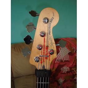 Bajo Gutarra Fender Squier Precision Bass - 5 Cuerdas