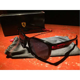 Oculos Oakley Garage Rock Ferrari no Mercado Livre Brasil 03568ef9c4