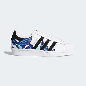 ac4811e31c4 Vendo Zapatillas Adidas Superstar Para Niños - Zapatillas en Mercado ...