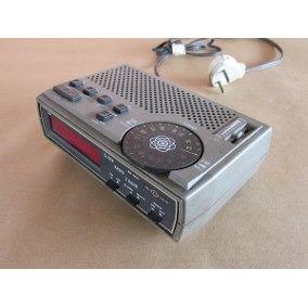 8ec7d138d9a Radio Relógio Motoradio Rr M21 (ótimo Estado