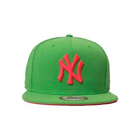 Boné New York Aba Reta Verde - Acessórios da Moda no Mercado Livre ... 9555eef3ff8