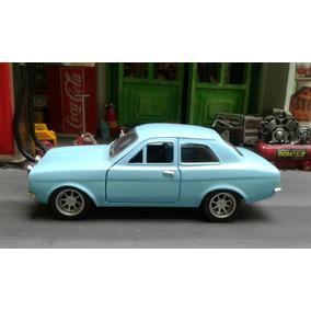 Ford Escort 1/32 Metal Azul Saico !!!!