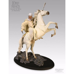 The Lord Of The Rings Weta Gandalf With Shadowfax - Sideshow