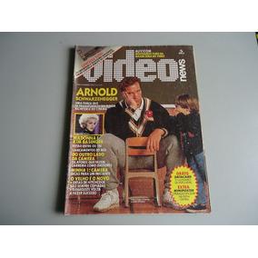Video News 102 Arnold S Hitchcock Poster Operação Nuclear