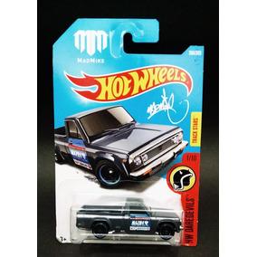 Hot Wheels 2017 Mazda Repu Mad Mike 1/64 Novo R12