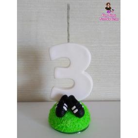 4e902320dc7cb Vela De Aniversário Em Biscuit Futebol Chuteira Numero 1 A 9