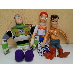 Woody Buzz Jessy Originales De Toy Story Disney Pixar Ditoys 7b720632abc