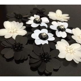 Aplicaciones De Flores De Lentejuela Blanco Y Negro
