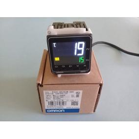 Controlador / Pirometro De Temperatura Omron E5cc-qx2asm-880