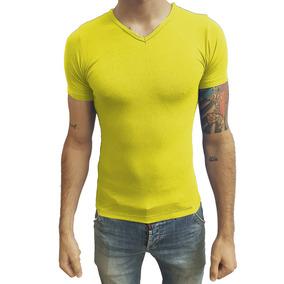 Camiseta Slim Fit Masculina Básica Gola V Viés Viscolycra a26aaaffc7cf4