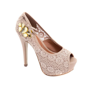 Sapato Peep Toe.