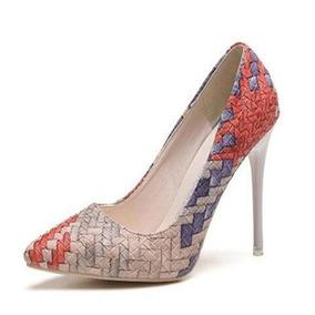 Zapatos De Punta Aguda Y Tacón Alto En Combinación De Colore · 3 colores 7719e207bd39