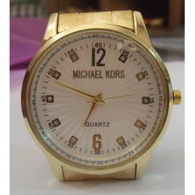 Relógio M K Mostrador Branco Detalhado Pulseira Série Ouro