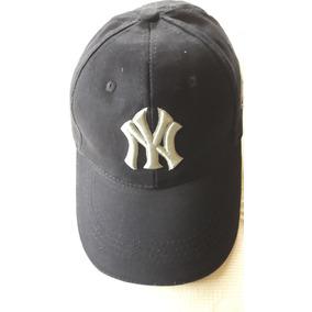 3afbe860cc1f8 Viseras Yankees - Ropa y Accesorios Azul marino en Mercado Libre ...