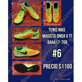 Tacos Para Fútbol Nike Dorados Con Blanco d2fe0a6a6e2bb