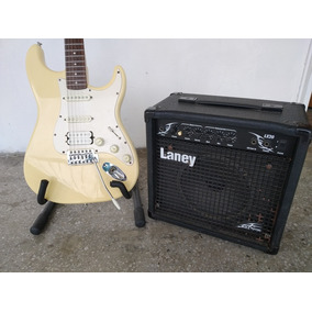 Guitarra Electrica Fender Squier Con Amplificador Laney Lx20