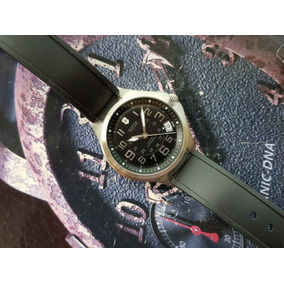 Relógio Unissex Victorinox 241470 Swiss Made Calendário