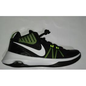 Tenis Nike Air Versitile