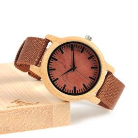 10882de8c9f Pulseira Para Relogio Bvlgari Dourado - Joias e Relógios no Mercado ...