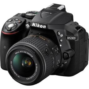 Câmera Digital Nikon D5300 24.2mp + Lente 18-55mm Vr