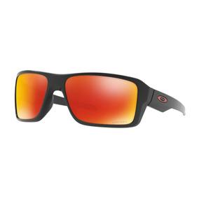 Manequim Preto Fosco - Óculos De Sol Oakley Com lente polarizada no ... 0e4ef94c3b