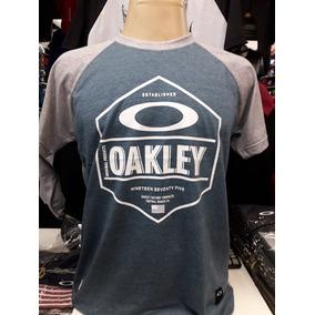 Kit Oakley Original Roupas - Camisetas e Blusas no Mercado Livre Brasil 4d05163d395