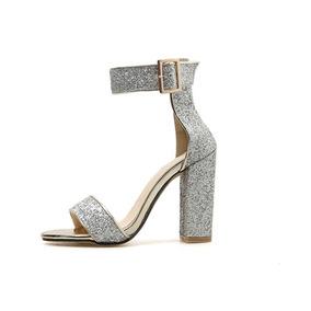 d3f790b04 Sapato De Salto Alto Brilhante - Sapatos para Feminino Prateado no ...