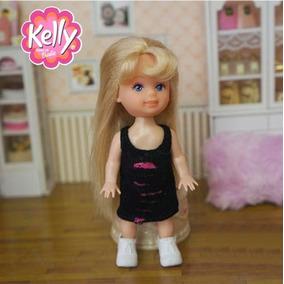 cd441f3760d Roupinhas Para Chelsea Barbie - Bonecas e Acessórios em Rio Grande ...