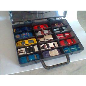 Hot Wheels Maleta Porta Carrinhos Com 15 Miniaturas Raras