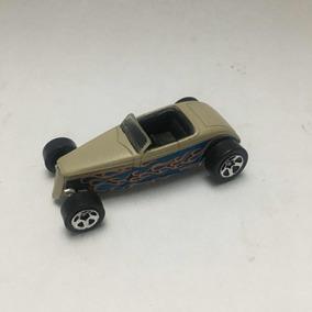 Hot Wheels Deuce Roadster 1/64 Jugado