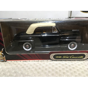Miniatura Ford 1948 Convertible Escala 1/18 Road Signature