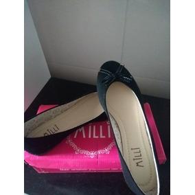 bf69a4db384 Sapatilha Mili Preta Nike - Calçados