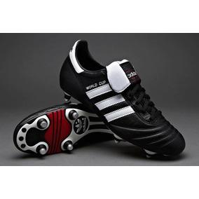 Chuteira Adidas World Cup - Chuteiras Adidas de Campo para Adultos ... e0d705e24c910