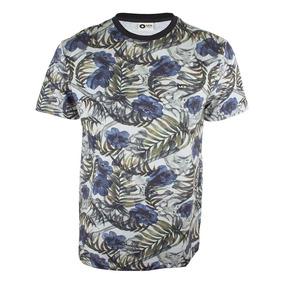3f028855561d7 Bone Mcd Bird - Camisetas e Blusas no Mercado Livre Brasil