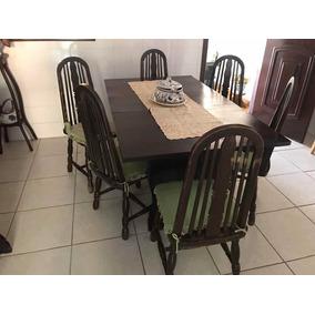 Jogo De Jantar - Mesa E Seis Cadeiras