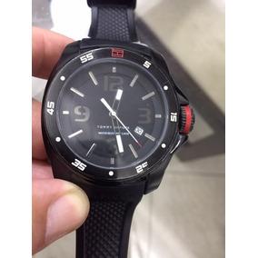 62b5e0f71ac Relógio Tommy Hilfiger 1790708 Preto Masculino - Relógios De Pulso ...