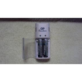 Cargador De Baterías Gp Aa Y Aaa. Con Dos Baterías Aa