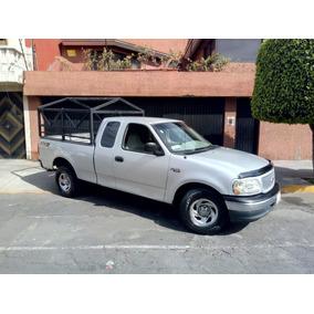 Ford F-150 Cabina Y Media Estandar V6 4.2l