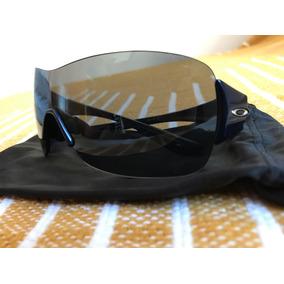 bbd950e69cd0c Oculos Feminino - Óculos De Sol Oakley, Usado no Mercado Livre Brasil
