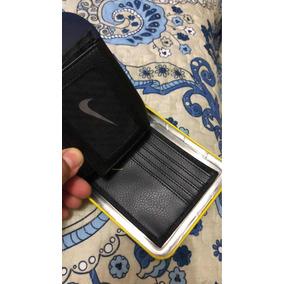 Billetera Nike