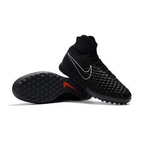 a52c7aefcc Chuteira Nike Botinha - Chuteiras Nike para Adultos no Mercado Livre ...