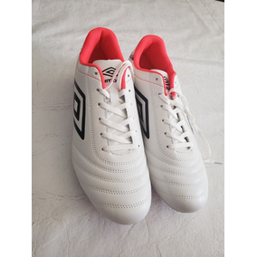 a14fe19abb524 Zapatos De Futbol Umbro 11 - Ropa