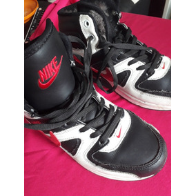 8b48743e23407 Botitas Nike Con Corderito - Ropa y Accesorios en Mercado Libre ...
