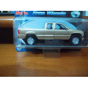 Miniatura Carro Maisto Free Wheels Escala 1/48