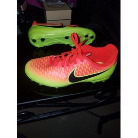 Zapatos Para Jugar Futbol Para Niñas - Zapatos Deportivos en Mercado ... 20a90bc2cab62