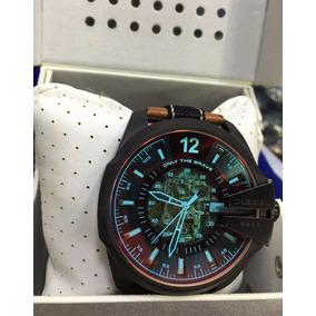 c2b068b55fc Relogio Diesel Lancamento Lindo Pulseira - Relógios no Mercado Livre ...