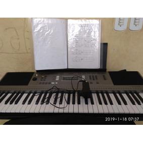 Teclado Musical Yamaha Psr E353