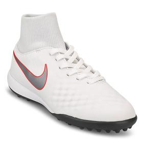 Botines Nike Magista Negro Con Blanco - Botines en Mercado Libre ... b78eae5255c54