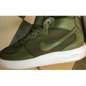 Zapatillas Mujer Nike Air Force 1 07 Mid Ultra Livianas