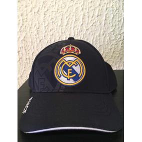 Gorra Del Real Madrid Comprada En El Santiago Bernabéu. c3e00c3a801